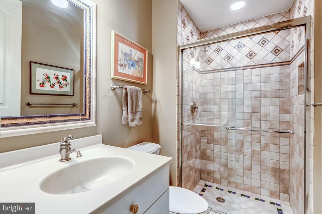 Full Bath - 606 DEERFIELD POND CT, GREAT FALLS