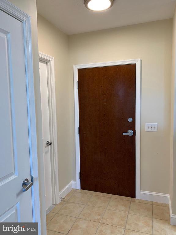 606 Entrance - 11760 SUNRISE VALLEY DR #606, RESTON