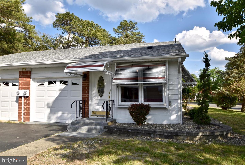 Single Family Homes 为 销售 在 Whiting, 新泽西州 08759 美国