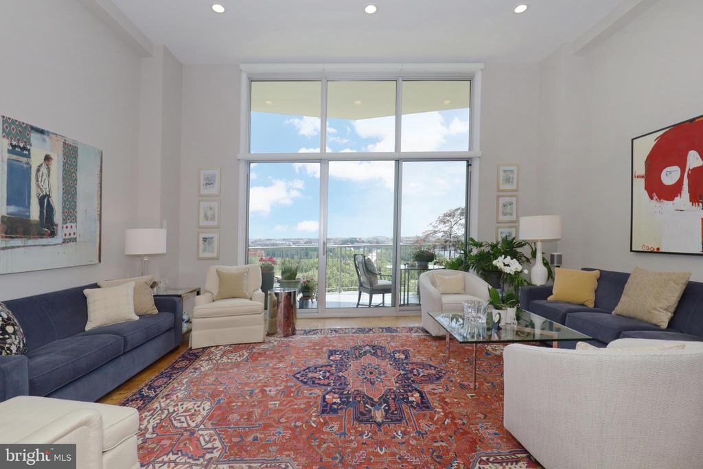 Living Room - 1200 N NASH ST #824, ARLINGTON