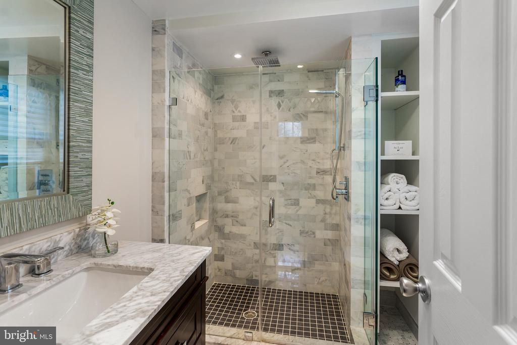 In-Law Suite Bath - 4301 FOREST LN NW, WASHINGTON