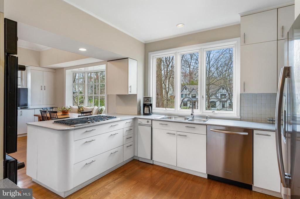 Kitchen - 4301 FOREST LN NW, WASHINGTON