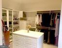Dressing Room Closet - 40243 FEATHERBED LN, LOVETTSVILLE