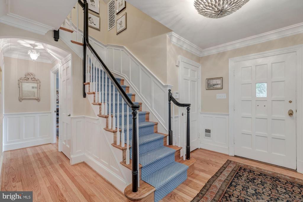 Main Level - Gracious Entry with Large Coat Closet - 4070 52ND ST NW, WASHINGTON