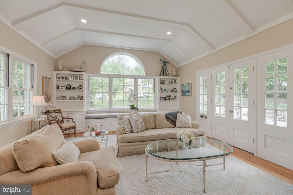 Main Level - Family Room with Patio Access - 4070 52ND ST NW, WASHINGTON