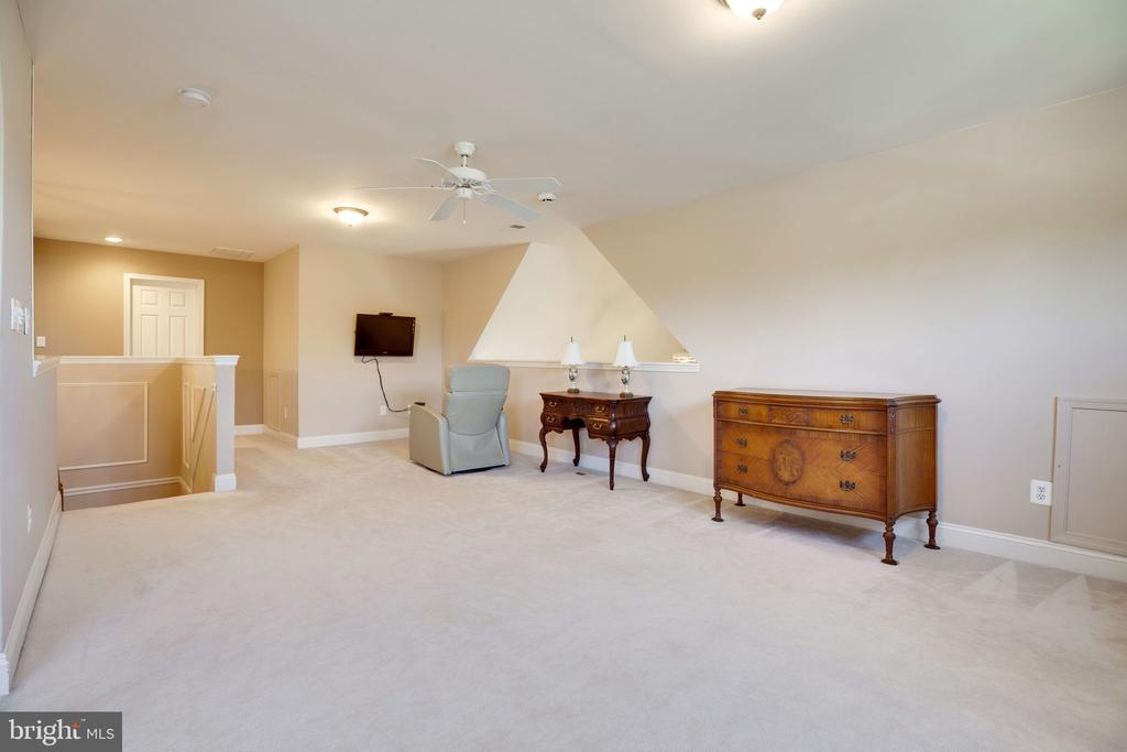 Loft - 13891 CRABTREE WAY, GAINESVILLE