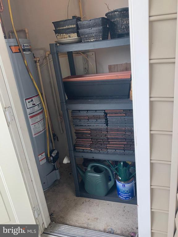 New water heater and storage - 1571 SPRING GATE DR #6314, MCLEAN