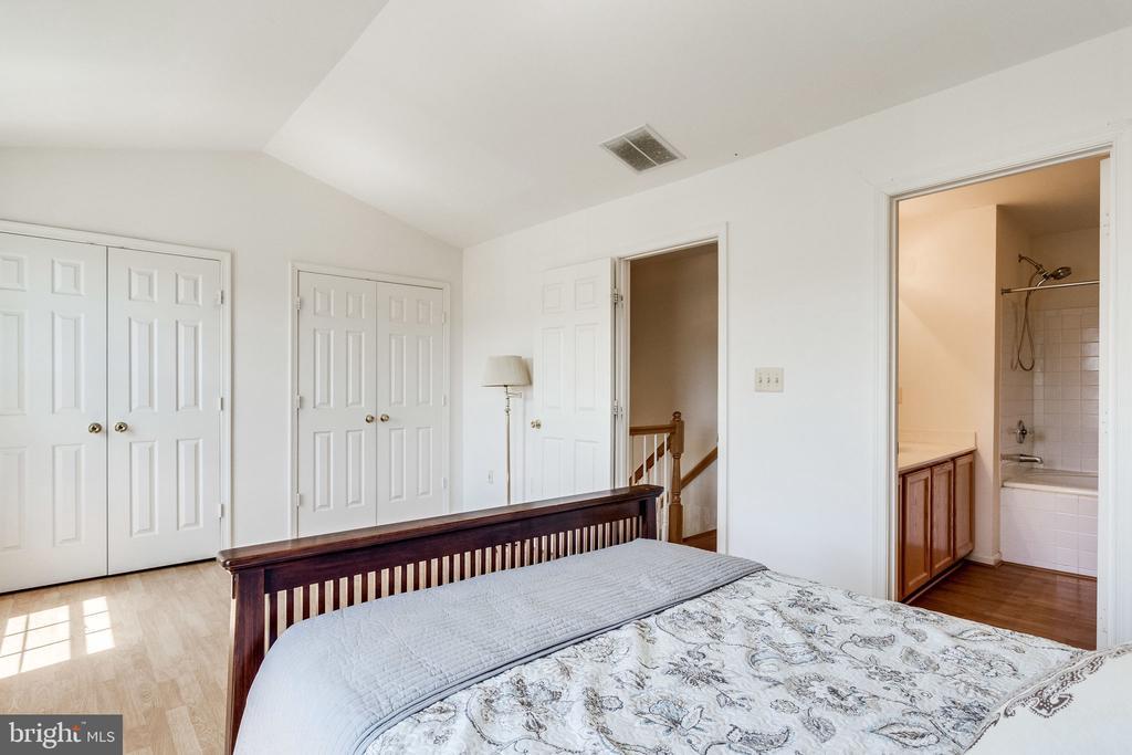 full wall of closet space - 6362 DAKINE CIR, SPRINGFIELD