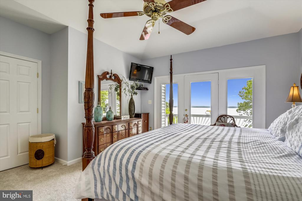 Incredible views from your bedroom - 19 POTOMAC OVERLOOK LN, STAFFORD