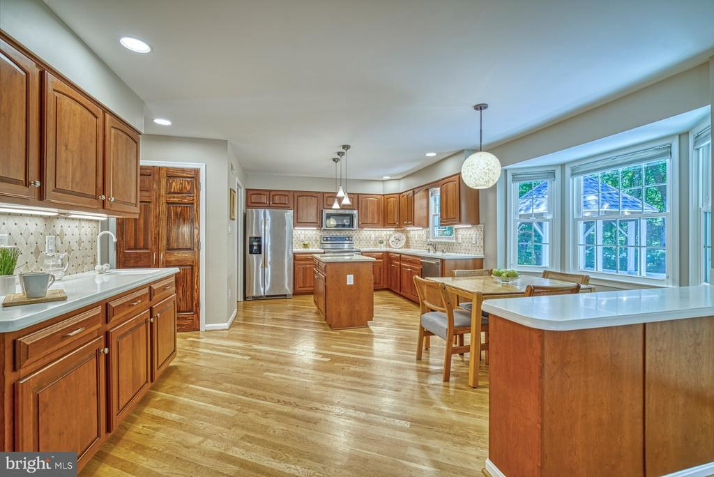 Kitchen - 11959 GREY SQUIRREL LN, RESTON