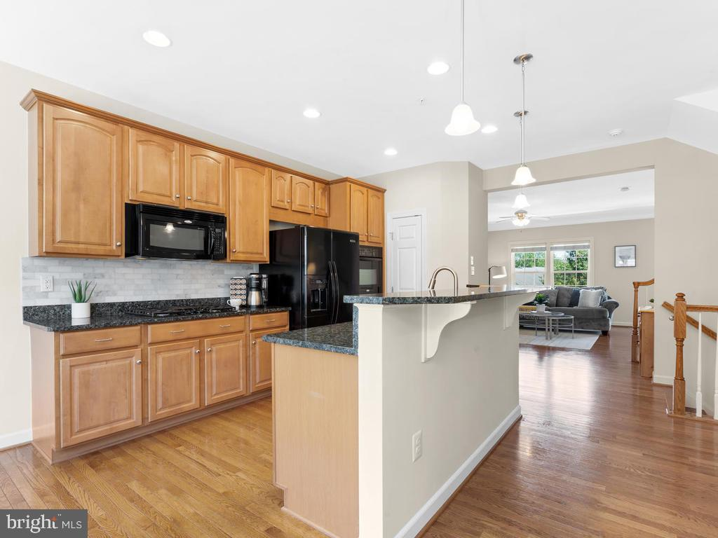 Kitchen Island with Bar Top - 8903 AMELUNG ST, FREDERICK
