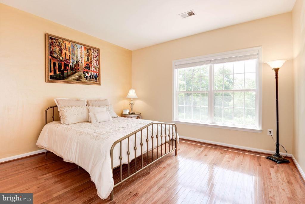 Bedroom #2 - 7104 AYERS MEADOW LN, SPRINGFIELD