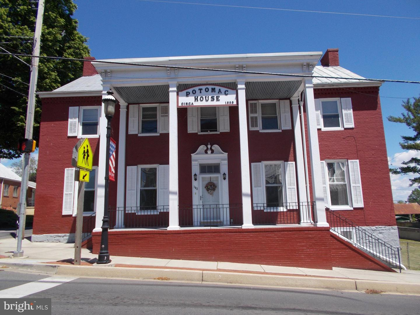 Triplex for Sale at Clear Spring, Maryland 21722 United States