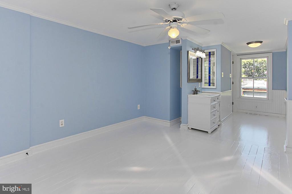 Master bedroom with en suite - 420 N COLUMBUS ST, ALEXANDRIA