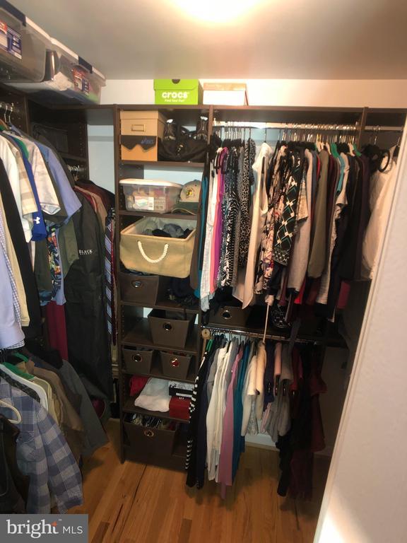 Custom Master Closet - 6061 ESTATES DR, ALEXANDRIA