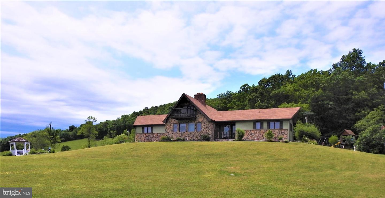Single Family Homes のために 売買 アット Artemas, ペンシルベニア 17211 アメリカ