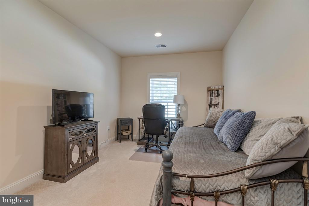 Fifth Bedroom - 7676 OAK FIELD CT, SPRINGFIELD