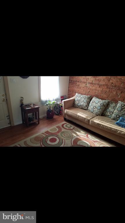 108 Living Room - 108, 110, 112 ICE ST, FREDERICK