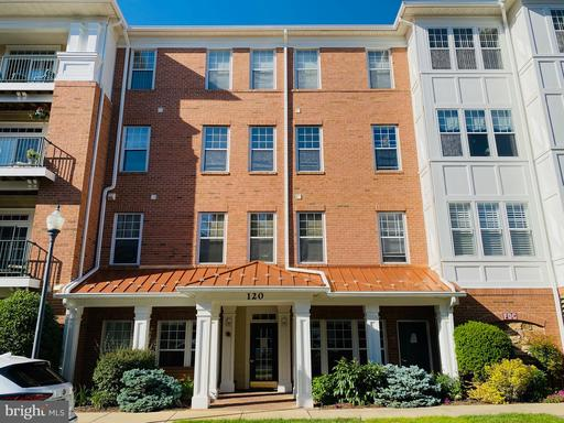 120 CHEVY CHASE ST #201