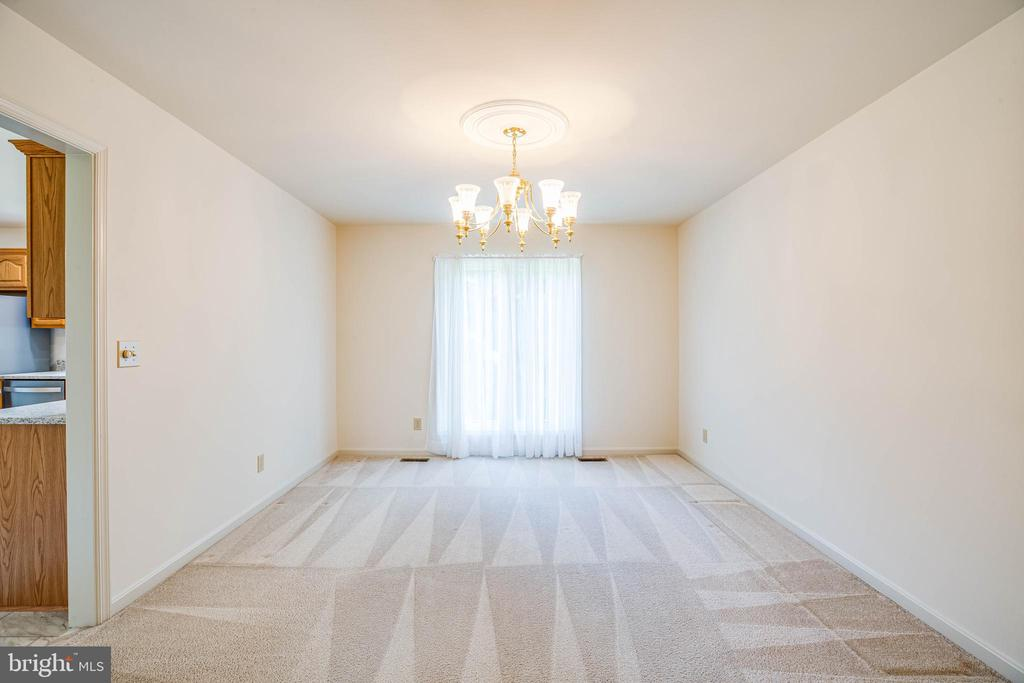 From living room to Dining Room - 208 OLD LANDING CT, FREDERICKSBURG