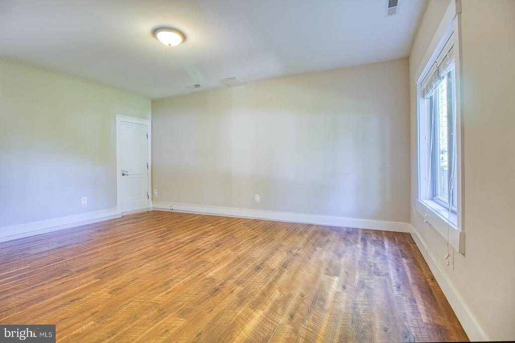 lower level bedroom 7 - 7627 LISLE AVE, FALLS CHURCH