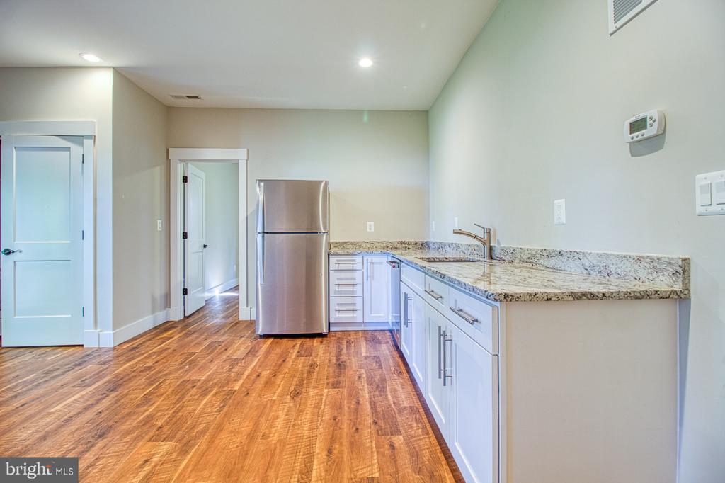 lower level kitchen - 7627 LISLE AVE, FALLS CHURCH