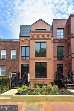 469 M ST NW #1