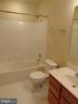 hall full bath - 12027 PANTHERS RIDGE DR, GERMANTOWN