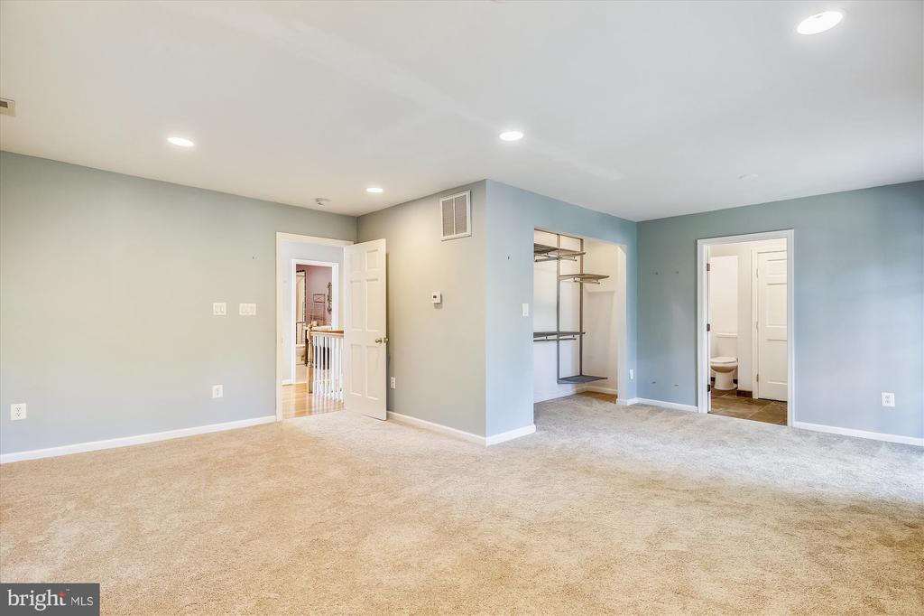 Master Bedroom - 4707 FORDHAM RD, COLLEGE PARK