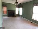 Large main level family room - 4830 OLD HOLTER RD, JEFFERSON