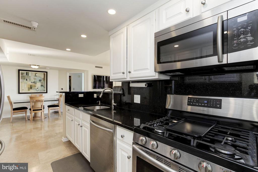 Kitchen with recessed lighting (2018) - 11710 OLD GEORGETOWN RD #317, ROCKVILLE
