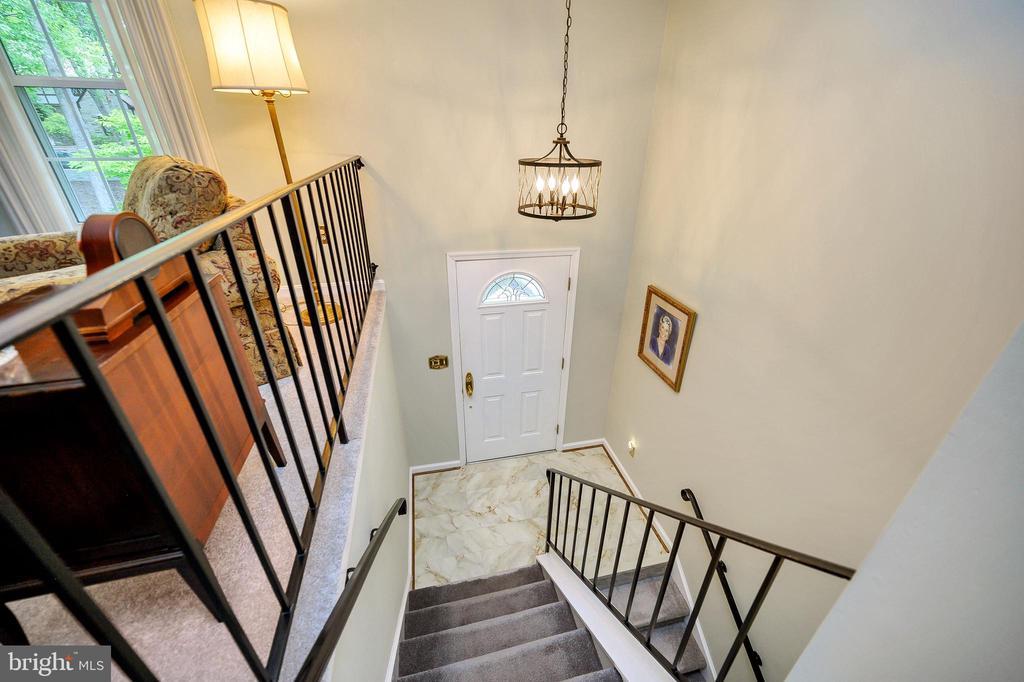 Foyer entrance with lamite flooring updated - 508 GLENEAGLE DR, FREDERICKSBURG