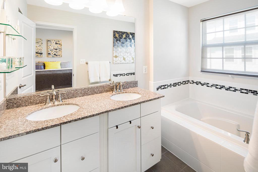Master bathroom with updated finishes - 8206 MINER ST, GREENBELT