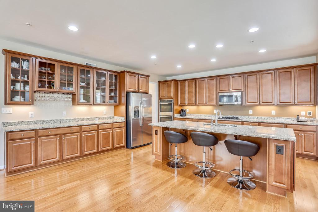 Abundance of cabinets in kitchen plus a Pantry - 22362 BRIGHT SKY DR, CLARKSBURG