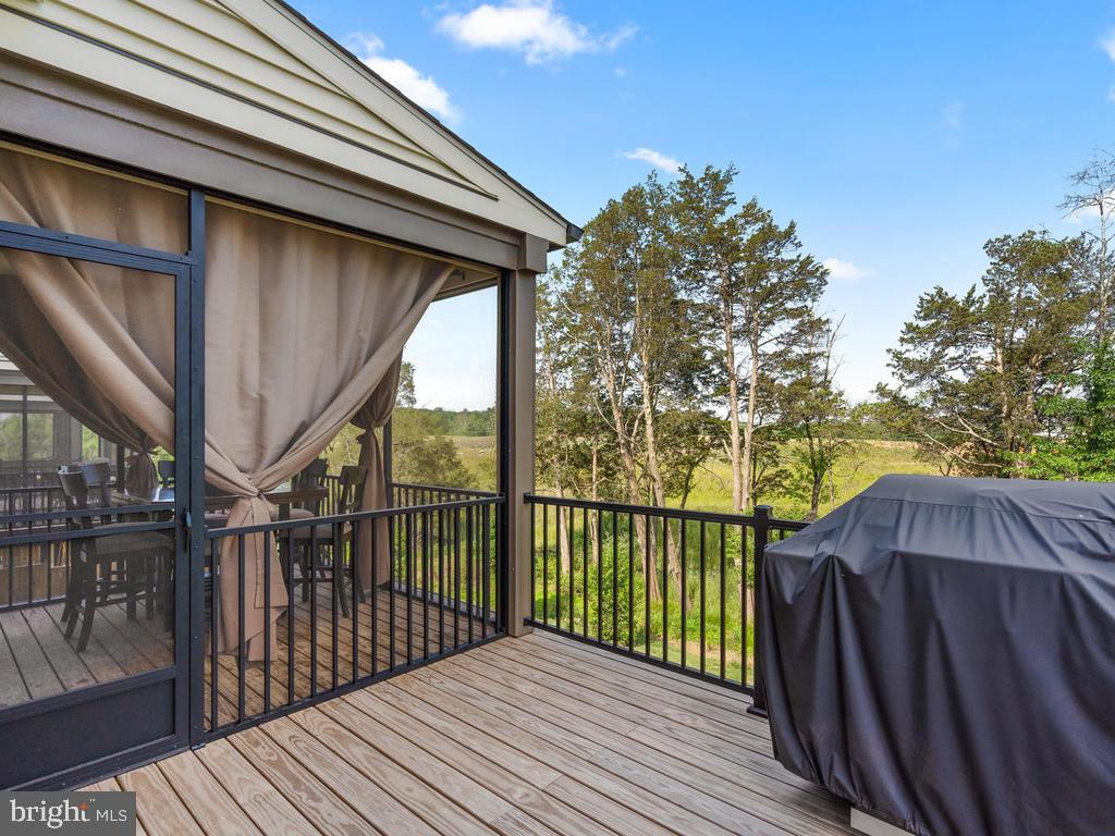 Great Deck Backs to Trees - 23687 TURTLE POINT TER, ASHBURN