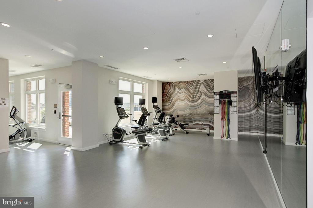 Fitness Center - 4915 HAMPDEN LN #504, BETHESDA