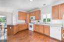 Corian counters with a bar for 2 - 160 WILLOWDALE LN, FREDERICKSBURG