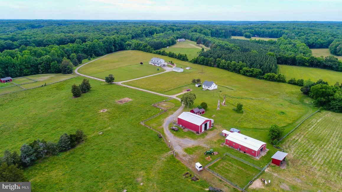 Single Family Homes для того Продажа на Fredericksburg, Виргиния 22405 Соединенные Штаты