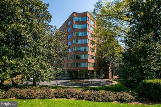 4200 CATHEDRAL AVE NW #410