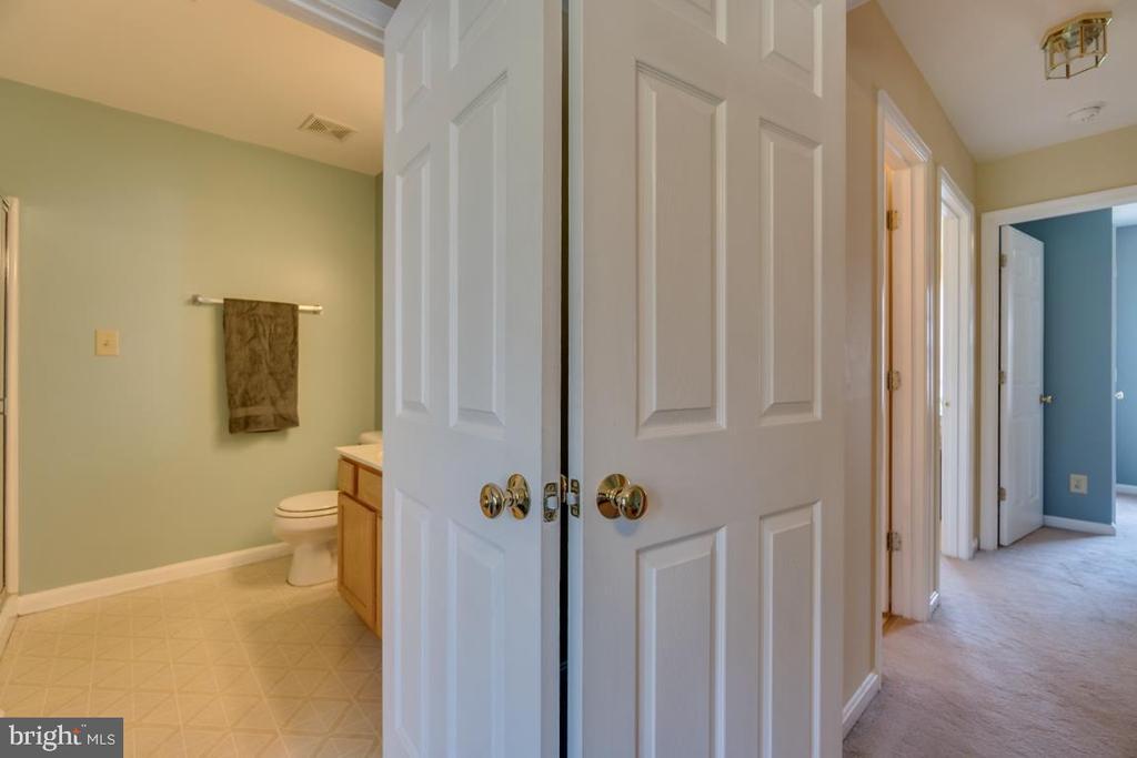 Master Bathroom - 11303 WYTHEVILLE LN, FREDERICKSBURG