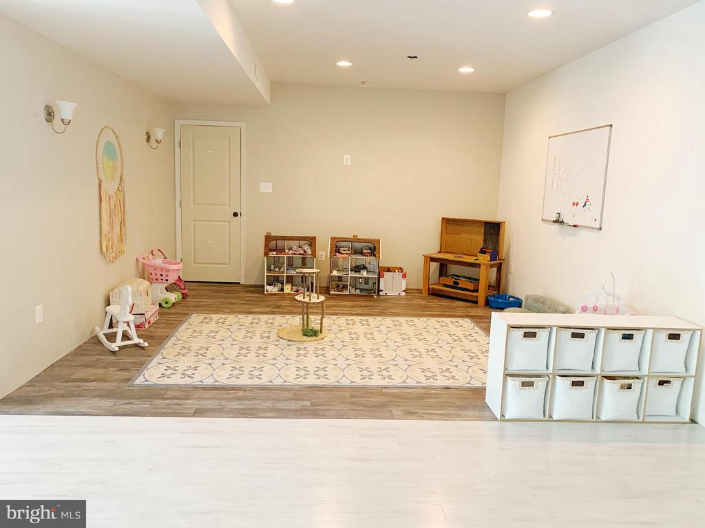 Flex room  can be an office or playroom - 2955 BRUBECK TER, IJAMSVILLE