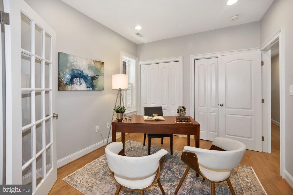 Office/ study/Fifth bedroom - 1122 6TH ST NE, WASHINGTON