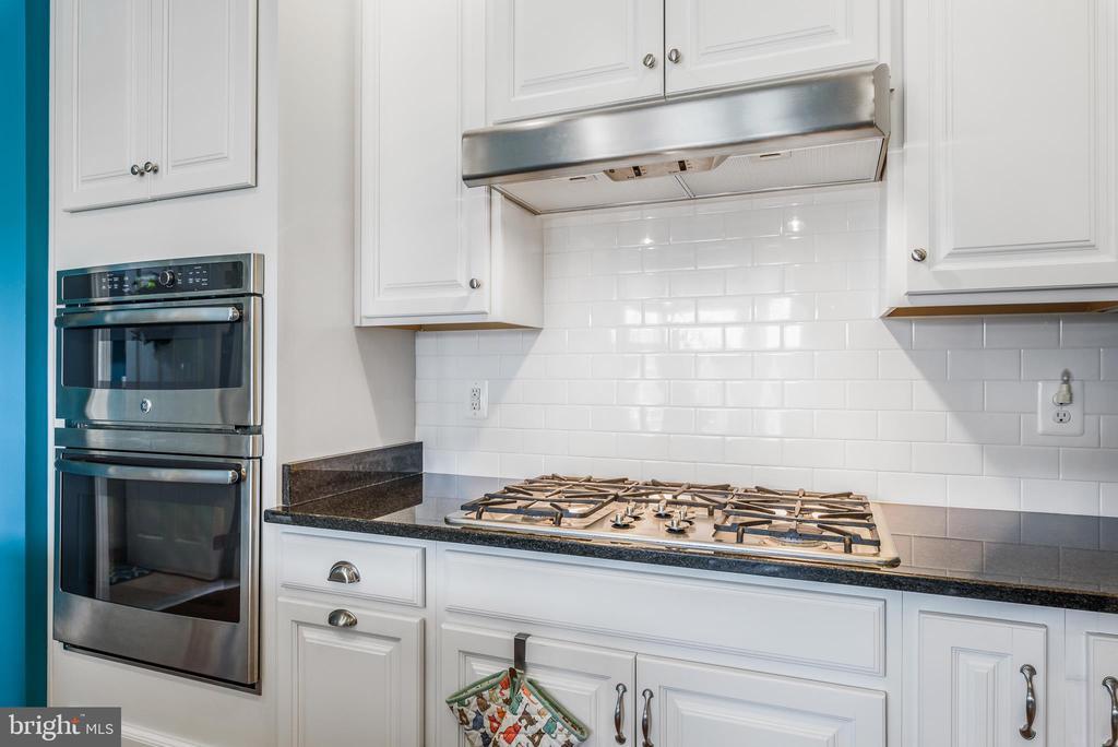 Kitchen - 44557 GRANITE RUN TER, ASHBURN