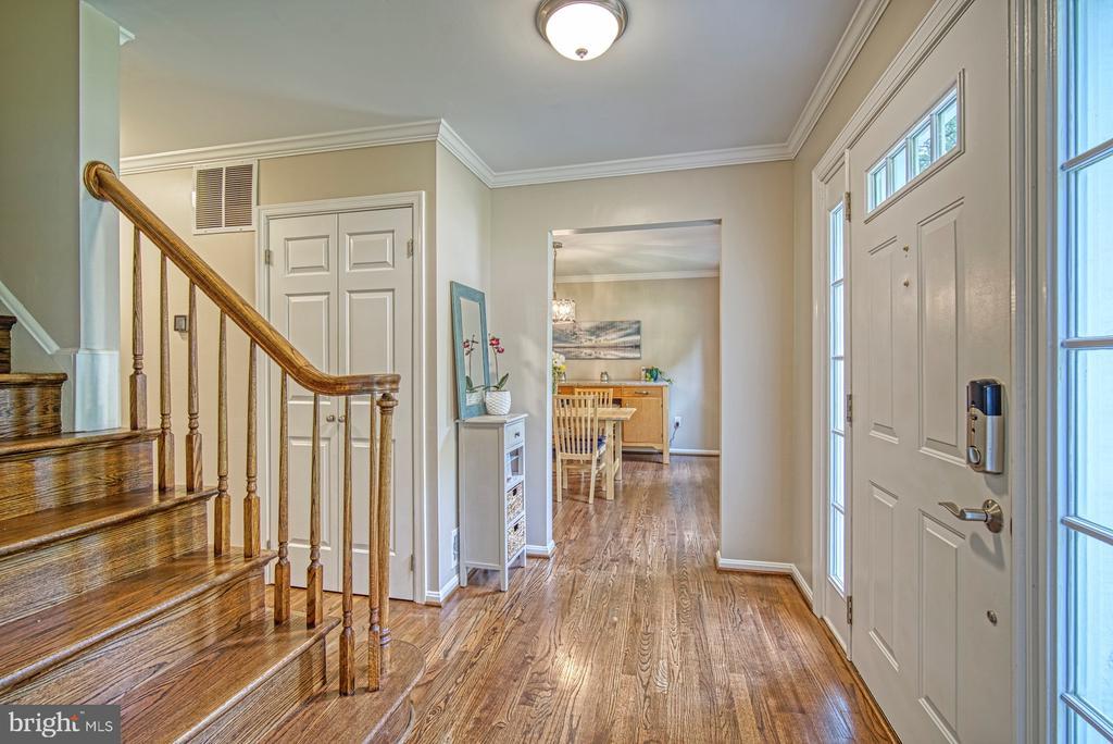 Refinished hardwood flooring - 9631 BOYETT CT, FAIRFAX
