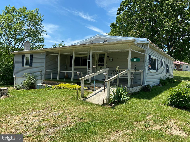 Single Family Homes por un Venta en Fisher, West Virginia 26818 Estados Unidos