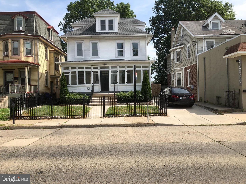 Single Family Homes 용 매매 에 Collingswood, 뉴저지 08108 미국
