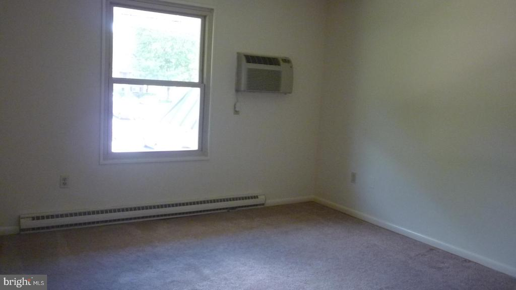 Large Bedroom - 3429 N LEISURE WORLD BLVD N #88-3E, SILVER SPRING