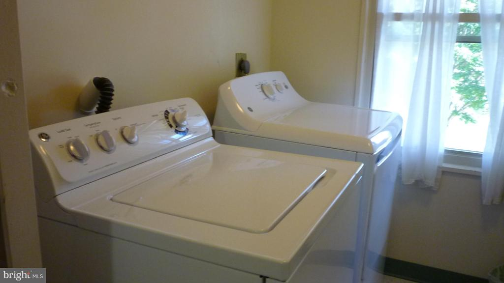 Free Washer and Dryer Across the Hall from Unit - 3429 S LEISURE WORLD BLVD N #88-3E, SILVER SPRING