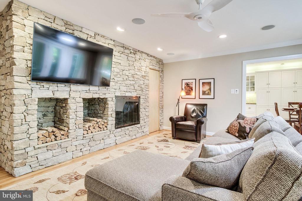 Family Room with Custom Stone Wall - 4501 35TH RD N, ARLINGTON