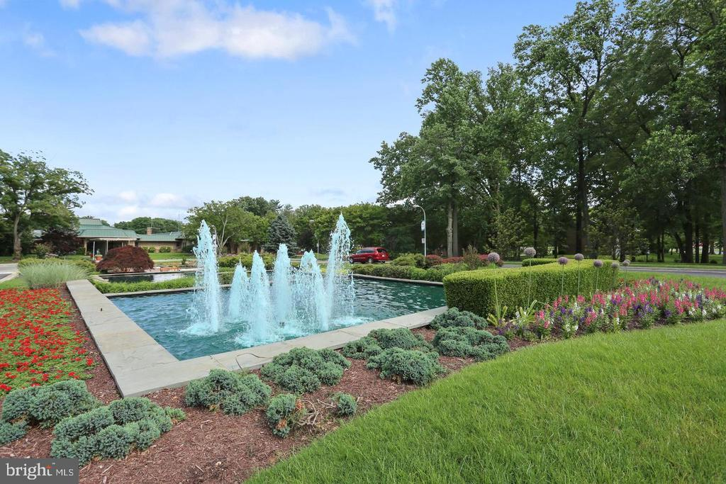 Beautifully Landscaped  Grounds - 3429 S LEISURE WORLD BLVD N #88-3E, SILVER SPRING